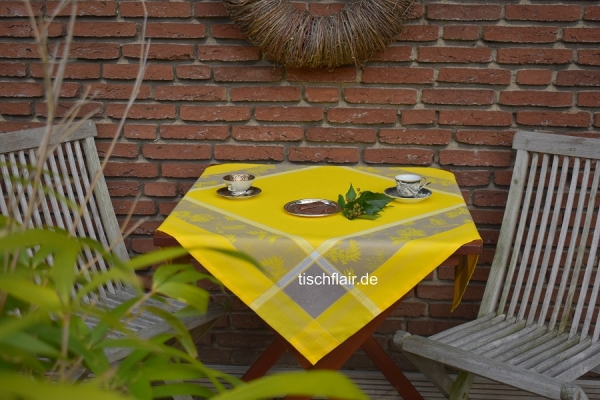 Tonangeber Gelb! – Leuchtende Tischdecke Leroy in Gelb