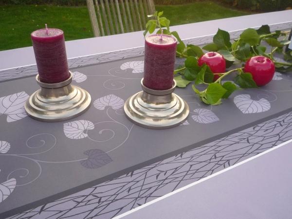 Schlicht, aber wirkungsvoll! - Pflegeleichte Tischdecke mit Blätteranke
