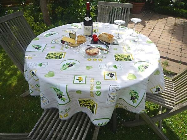 Kombination mit Oliven! – Bügelfreie Tischdecke mit traumhaften Oliven in hellgrau