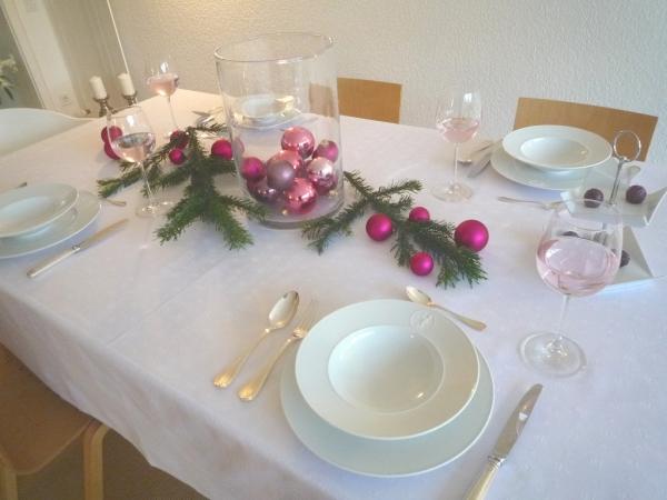Weiß – Der Klassiker: Exklusive Jacquard-Tischdecke Cigale blanc