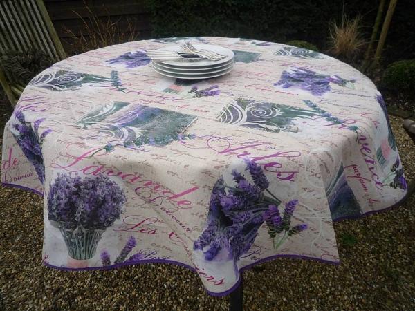 Sommerfrische à la Provence! – Lavendel-Tischdecke
