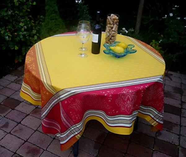 Sommerliches Potpourri: Baumwoll-Tischdecke Mercier jaune rouge-gelb rot