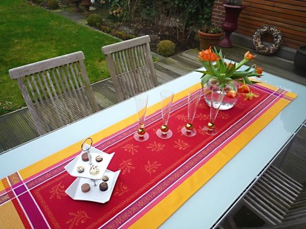 Tischläufer Jacquard Baumwolle rot gelb 50x160 cm Cannes rouge jaune aus Frankreich Provence Teflon