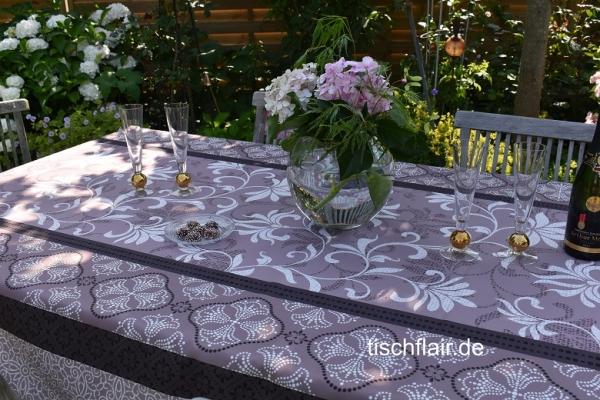 Rosé mit Taupe en vogue! – Edle pflegeleichte Tischdecke mit charmanten Ornamenten