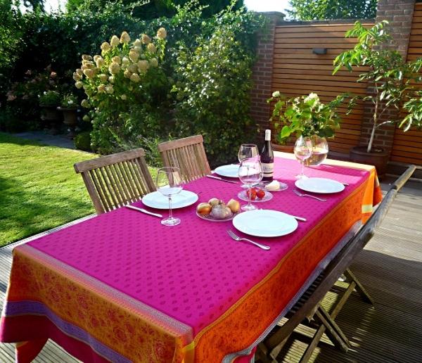 Tischdecke Jacquard Baumwolle 160x300 cm Féreol pink aus Frankreich Provence mit Teflonschutz