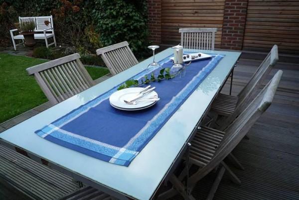 Kräftiges Blau – schwer im Trend! – Jacquard-Tischläufer Dijon bleu
