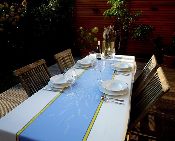 Exklusive Tischdecke Jacquard Valette ecru blau
