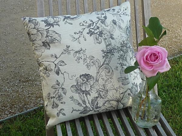 Kissenhülle Jacquard Baumwolle Gobelin creme grau 40x40 cm Cheverny aus Frankreich Provence