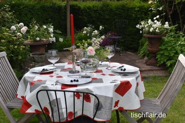 Mohnsüchtig! – Herrlich pflegeleichte abwaschbare Tischdecke in cremeweiß mit Mohnblumen