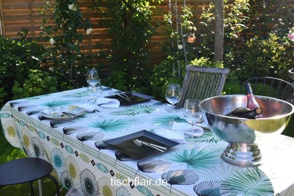Botanik-Trend! - Pflegeleichte Tischdecke mit tropischen Blättern