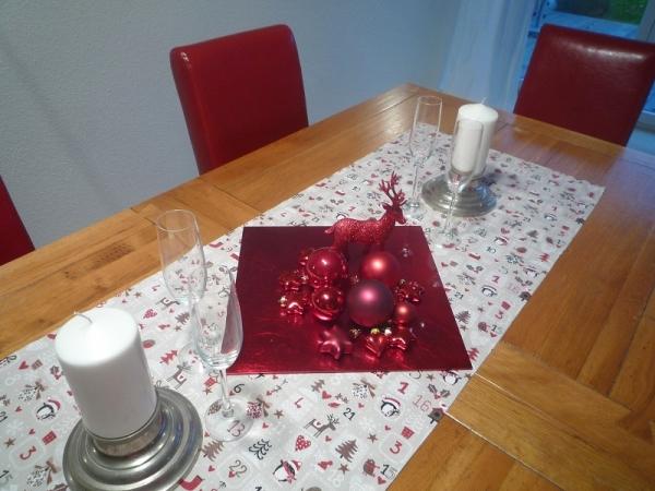 """Fröhliche Weihnachten überall... - Beigefarbener Tischläufer """"Hiver lin"""""""