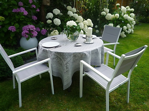 Lifestyle! – Elegante Jacquard-Tischdecke Cigale in Anhrazit