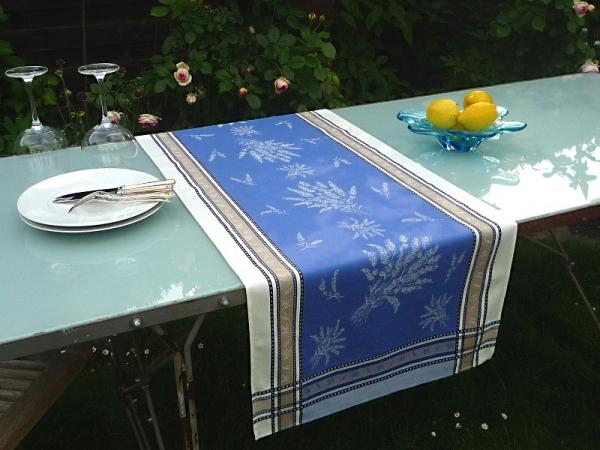 Tischläufer Jacquard Baumwolle blau 50x150 cm Valence ecru bleu aus Frankreich Provence mit Teflonschutz
