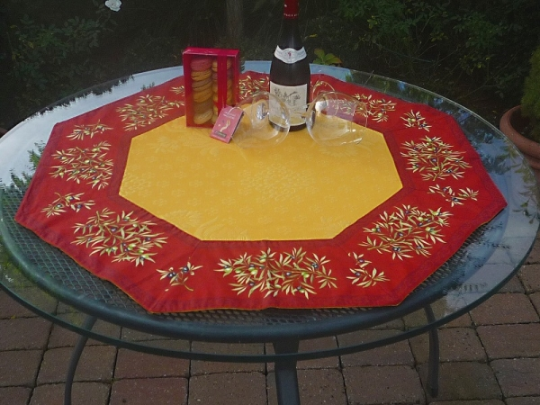Schnappschuss in Gelb – Traumhafte Tischdecke Mas des Olives in Gelb-Jaune