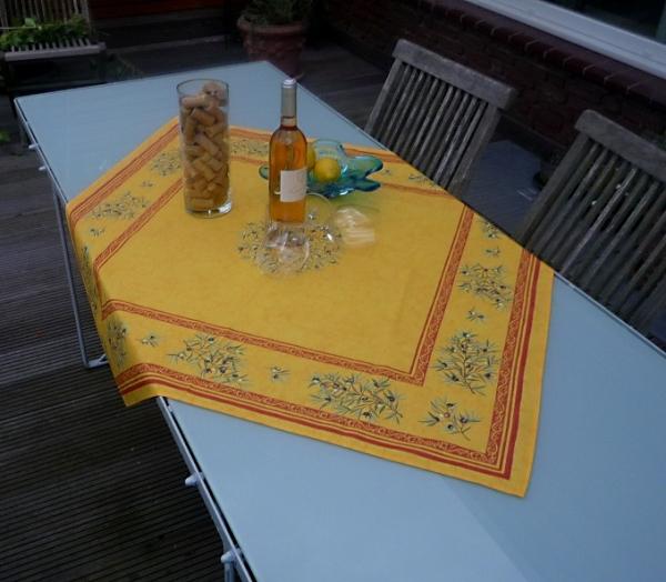Tischdecke Baumwolle gelb 100x100 cm Oliviers jaune aus Frankreich Provence